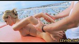 novinha na massagem