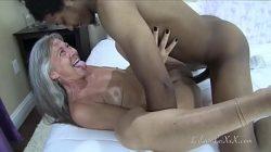 Coroa no gif sexo gostoso com dotado