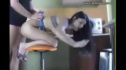 Vídeo mulher perdendo a virgindade com o namorado