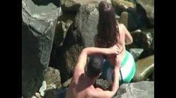 Flagras de gostosas na praia fudendo