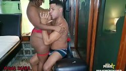 Petinha gostosa fudendo em filme porno putas brasileiras