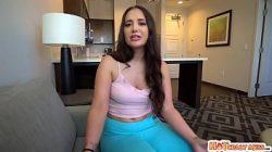 Bunduda quicando na piroca em vídeo do site porno bom