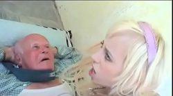 Dino pornô com sobrinha fodendo com o tio